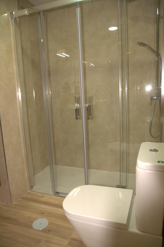Reforma de baño y cocina en Albacete con materiales de alta calidad